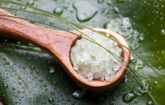 Méregtelenítés keserű sóval)
