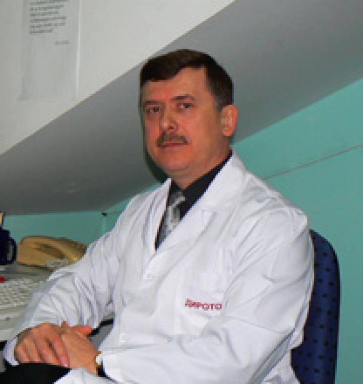 gyomorrák fiatal betegek)