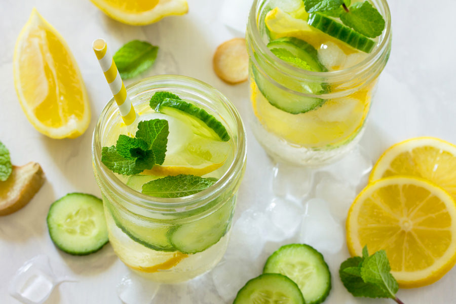 Detox víz: 24 recept a gyors fogyáshoz | Healthy detox cleanse, Lemon detox water, Detox juice